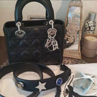 Christian Dior - Dior  美品!レディディオール 黒 チャームピンバッジ