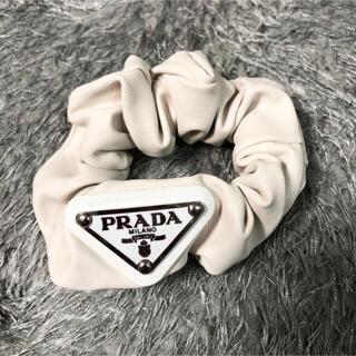 PRADA - 新品 PRADA レザー シュシュ ☆ ヘアゴム