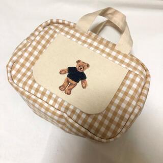 くまさん 刺繍 ベージュ ギンガムチェック おしりふき一体型おむつポーチ(外出用品)