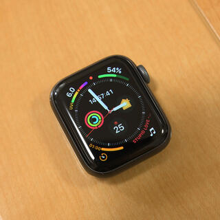 Apple Watch - Apple Watch Series 4 GPSモデル 40mm スペースグレイ