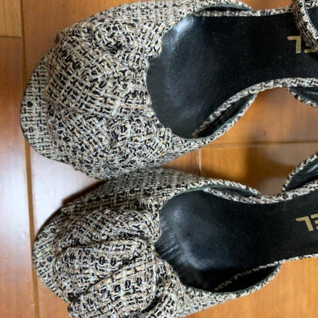 CHANEL(シャネル)のシャネル 正規 ツイードカメリアミュール レディースの靴/シューズ(ミュール)の商品写真