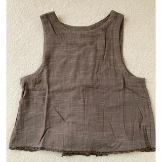 サマンサモスモス(SM2)のサマンサモスモス 後ろ巻き上げ裾レースベスト 新品・未使用(ベスト/ジレ)