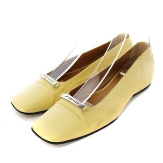 フェンディ(FENDI)のフェンディ パンプス ローヒール スクエアトゥ レザー 36.5 23cm 黄色(ハイヒール/パンプス)