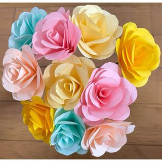折り紙で作ったバラ 優しいカラフル 10本セット(その他)