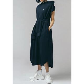 ダブルスタンダードクロージング(DOUBLE STANDARD CLOTHING)のダブスタ❣️希少割引❣️ESSENTIAL ベルト付きフーデッドワンピース(ロングワンピース/マキシワンピース)