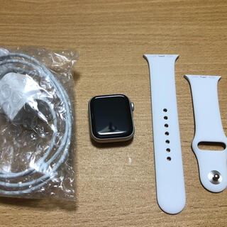 アップルウォッチ(Apple Watch)のapple watch se 40mm GPS(腕時計(デジタル))