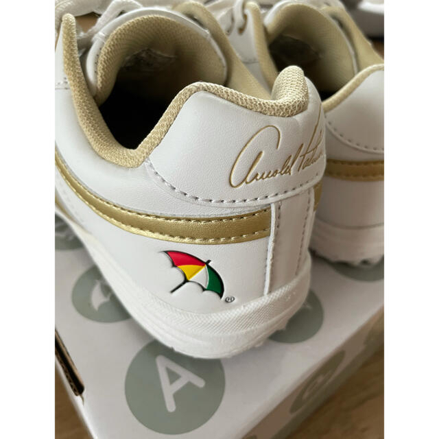 Arnold Palmer(アーノルドパーマー)のアーノルドパーマー ゴルフシューズ 23.0cm スポーツ/アウトドアのゴルフ(シューズ)の商品写真