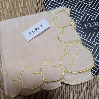 フルラ(Furla)の【新品未使用】フルラタオルハンカチ(ハンカチ)