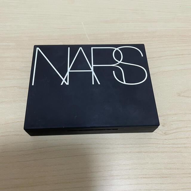 NARS(ナーズ)のNARS ライトリフレクティングセッティングパウダー プレスト コスメ/美容のベースメイク/化粧品(フェイスパウダー)の商品写真