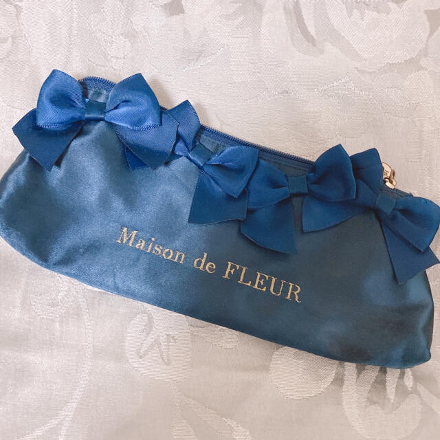Maison de FLEUR(メゾンドフルール)のメゾンドフルール 筆箱 ネイビー インテリア/住まい/日用品の文房具(ペンケース/筆箱)の商品写真