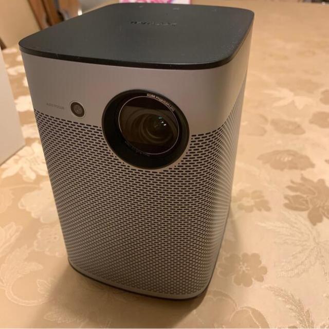ANDROID(アンドロイド)のXGIMI Halo ポータブルプロジェクター 800ANSIルーメン1080P スマホ/家電/カメラのテレビ/映像機器(プロジェクター)の商品写真