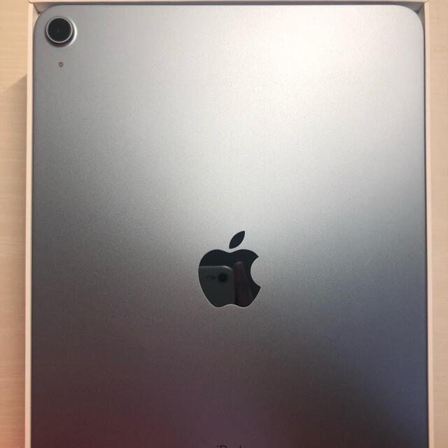 Apple(アップル)のipad air4 スカイブルー64gb スマホ/家電/カメラのスマートフォン/携帯電話(その他)の商品写真