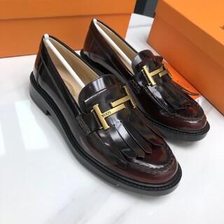 トッズ(TOD'S)のTod's ローファー パンプス(ローファー/革靴)
