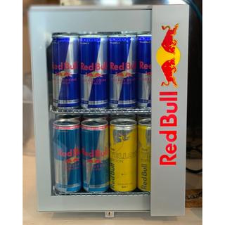 レッドブル新型カウンター冷蔵庫