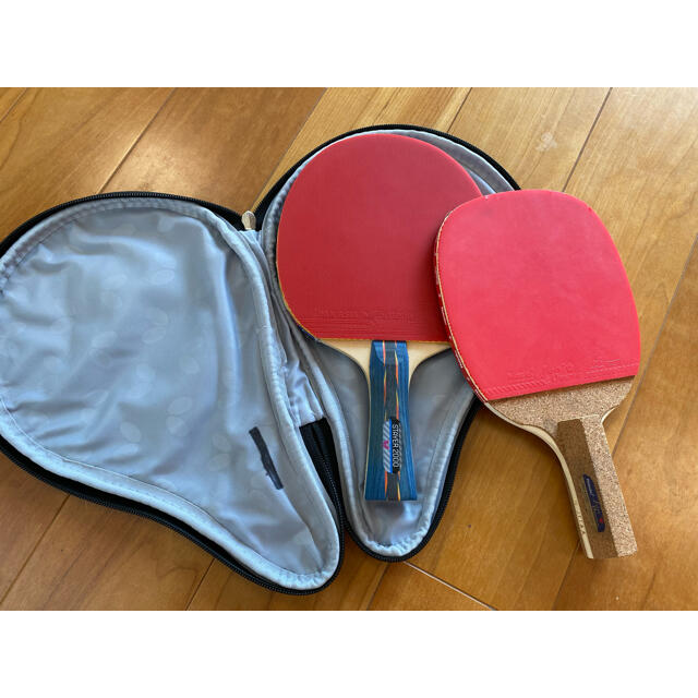 BUTTERFLY(バタフライ)のラケット(2本)&カバー 3点セット スポーツ/アウトドアのスポーツ/アウトドア その他(卓球)の商品写真