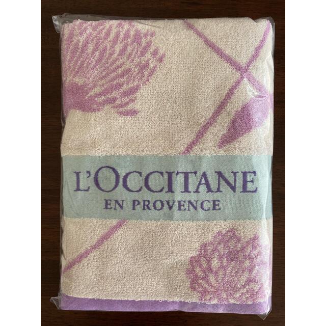L'OCCITANE(ロクシタン)の【新品・未使用】ロクシタン 限定バスタオル(サンプル付き) インテリア/住まい/日用品の日用品/生活雑貨/旅行(タオル/バス用品)の商品写真