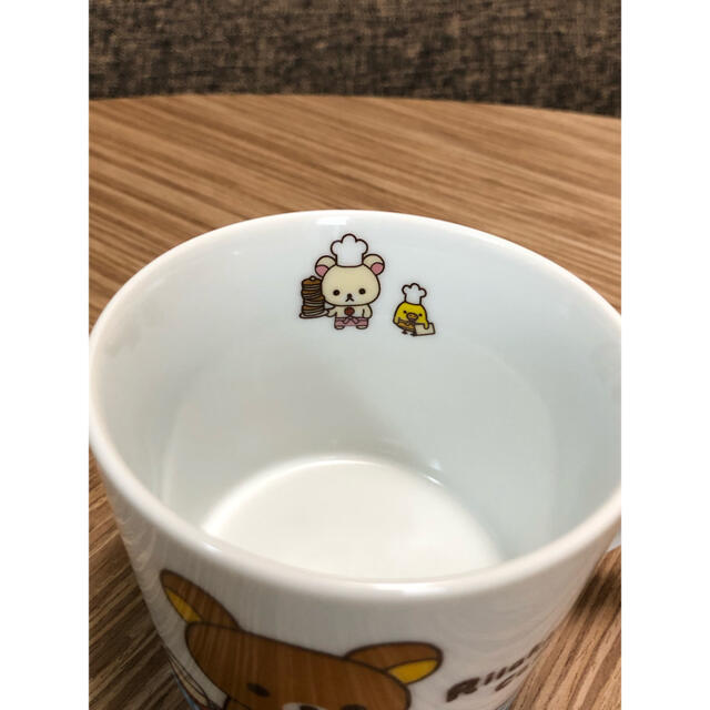 サンエックス(サンエックス)の【新品未使用品】リラックマ マグカップ 4個セット マグカップ 非売品 エンタメ/ホビーのおもちゃ/ぬいぐるみ(キャラクターグッズ)の商品写真
