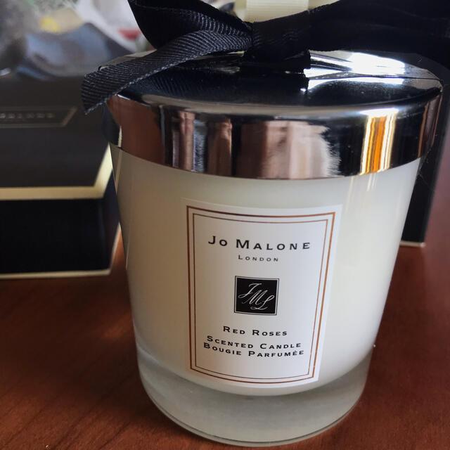 Jo Malone(ジョーマローン)のジョー マローン ロンドン レッドローズキャンドル コスメ/美容のリラクゼーション(キャンドル)の商品写真