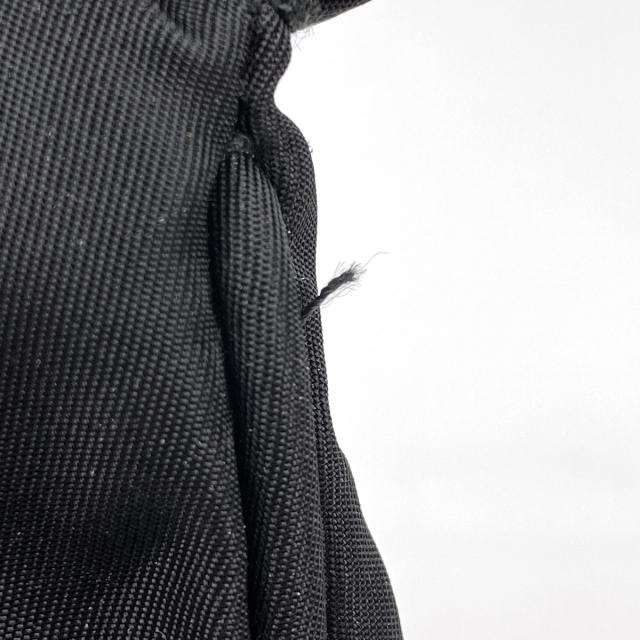 PRADA(プラダ)のプラダ ロゴプレート ショルダーバッグ レディース 【中古】 レディースのバッグ(ショルダーバッグ)の商品写真