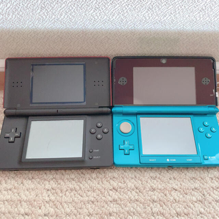 ニンテンドー3DS(ニンテンドー3DS)のNintendo3DSライトブルー NintendoDSLight レッド(家庭用ゲーム機本体)