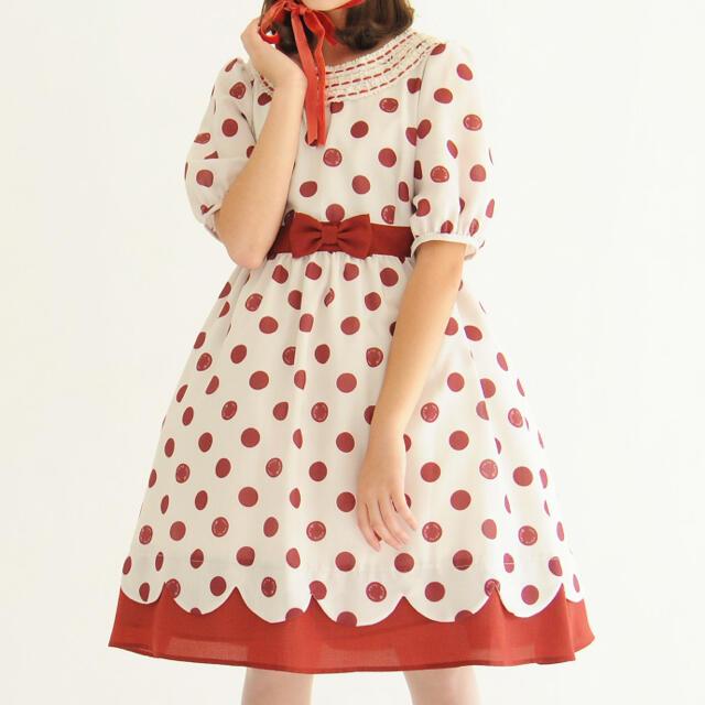 Emily Temple cute(エミリーテンプルキュート)のドットワンピース レディースのワンピース(ひざ丈ワンピース)の商品写真