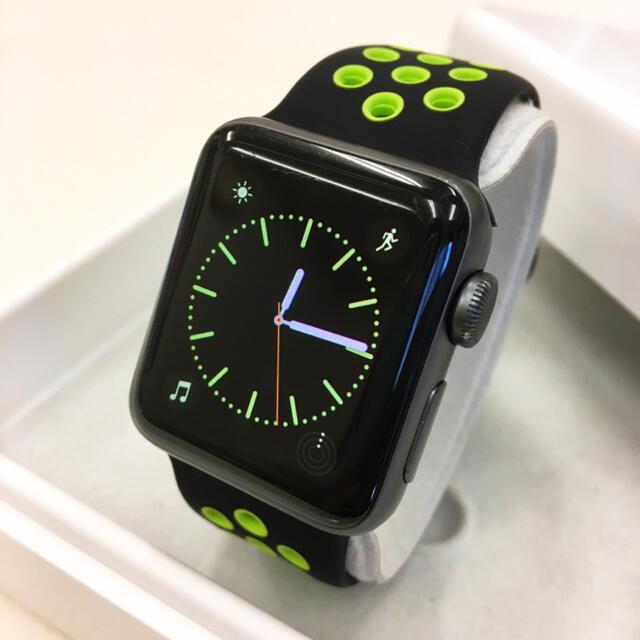 Apple Watch(アップルウォッチ)のApple Watch series2 グレー 38mm アップルウォッチ スマホ/家電/カメラのスマートフォン/携帯電話(その他)の商品写真