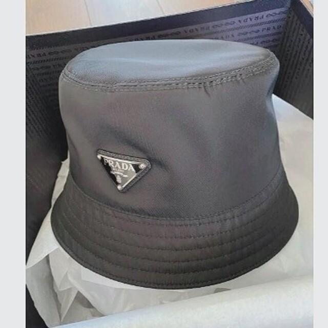 PRADA(プラダ)のprada バケットハット 帽子 メンズの帽子(ハット)の商品写真