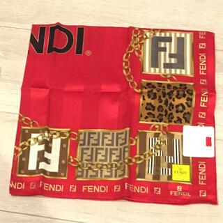 フェンディ(FENDI)のフェンディ 大判 ハンカチ 58cm 赤 豹柄(ハンカチ)