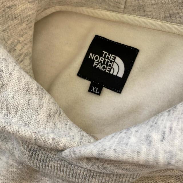 THE NORTH FACE(ザノースフェイス)のノースフェイス  スクエアロゴフーディ XL メンズのトップス(パーカー)の商品写真