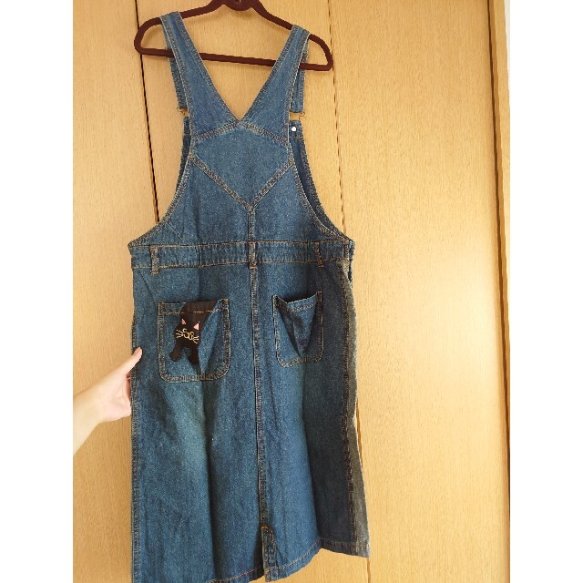 rough(ラフ)のにゃんこデニムジャンパースカート+おまけ レディースのワンピース(ひざ丈ワンピース)の商品写真