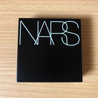 NARS - NARSナチュラルラディアントロングウェアクッションファンデーション5880