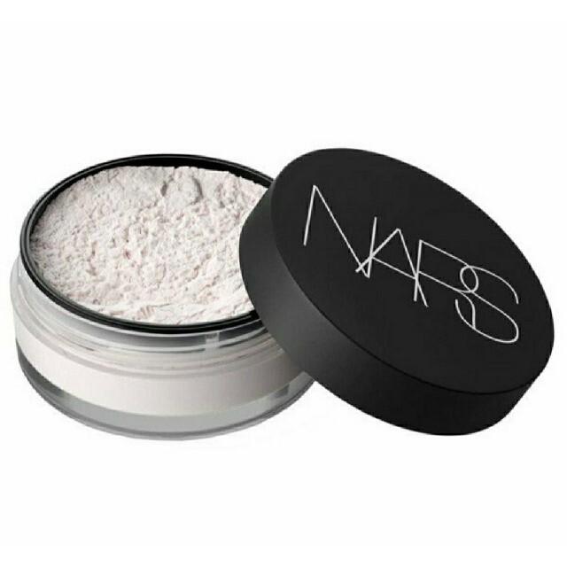 NARS(ナーズ)のNARS  ナーズ ライトリフレクティングセッティングパウダー ルース 10g コスメ/美容のベースメイク/化粧品(フェイスパウダー)の商品写真
