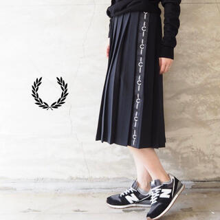 FRED PERRY - 【期間限定値下げ中】FRED PERRY スカート