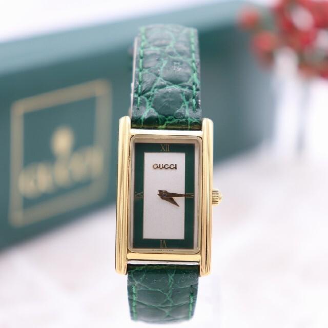 Gucci(グッチ)の正規品【新品電池】GUCCI 2600L/動作良好 ヴィンテージ 美品 レディースのファッション小物(腕時計)の商品写真