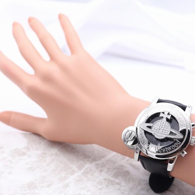 Vivienne Westwood(ヴィヴィアンウエストウッド)の新品/未使用【新品電池】VivienneWestwood/クロノグラフ 動作良好 メンズの時計(腕時計(アナログ))の商品写真