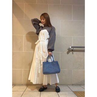 スナイデル(snidel)の☆送料無料☆新木優子さん ショートニットレイヤードワンピース ホワイト(セット/コーデ)