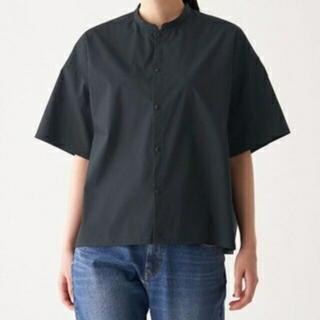 ムジルシリョウヒン(MUJI (無印良品))の無印良品♡綿混ストレッチ半袖スタンドカラーシャツ(シャツ/ブラウス(半袖/袖なし))