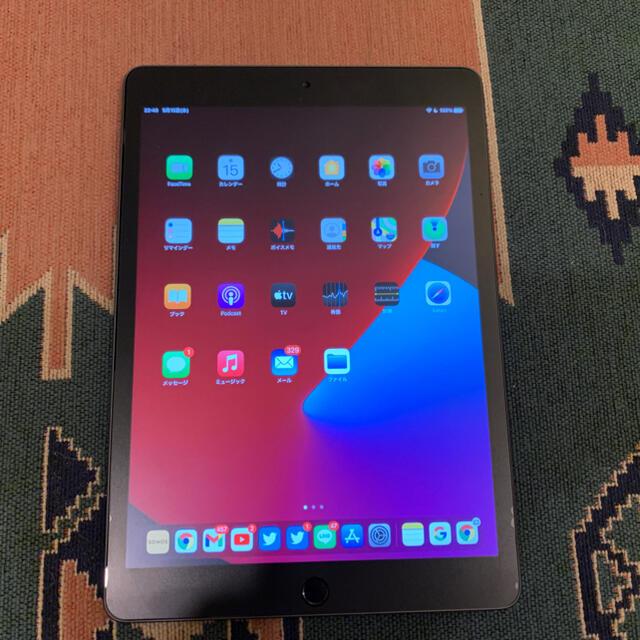 Apple(アップル)のiPad 10.2インチ 8世代 Wi-Fi 32gb スペースグレイ  美品 スマホ/家電/カメラのPC/タブレット(タブレット)の商品写真