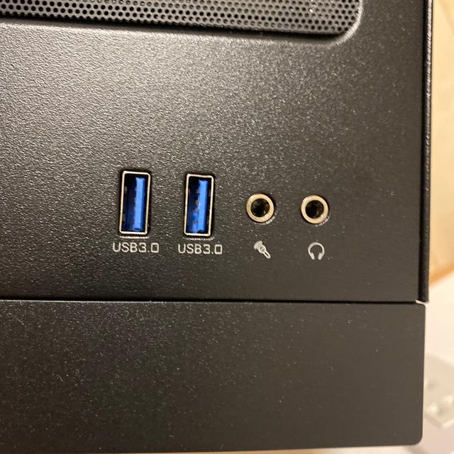 Microsoft(マイクロソフト)のゲーミングPC (Ryzen5 5600X RTX3060) スマホ/家電/カメラのPC/タブレット(デスクトップ型PC)の商品写真