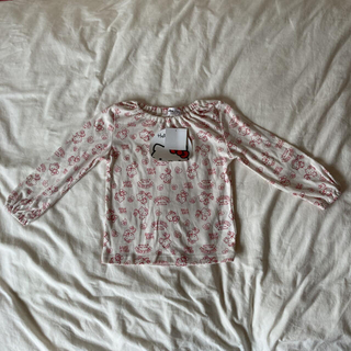 新品♡ハローキティ 長袖Tシャツ 3枚セット ロンT 100 女の子