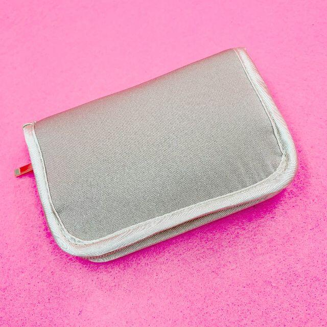 LUNASOL(ルナソル)の《新品未使用》LUNASOL ルナソル ポーチ カードケース 小銭入れ 財布 レディースのファッション小物(名刺入れ/定期入れ)の商品写真