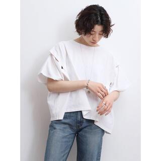 アングリッド(Ungrid)のUngrid  スリーブスリットデザインTee(Tシャツ(半袖/袖なし))
