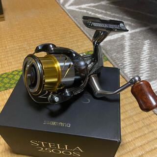 SHIMANO - 14ステラ2500s    花梨ノブ リールスタンド付き