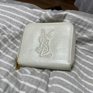 Yves Saint Laurent Beaute - 【ピッタリ1万円!】YSL イヴ・サンローラン 折り財布 白色