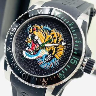 Gucci - 超美品Gucci Dive Black Tigerブラックタイガーメンズ腕時計
