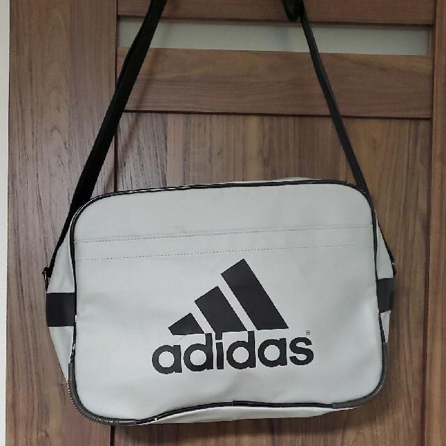 adidas(アディダス)のアディダス ショルダーバック、スポーツバッグ メンズのバッグ(ショルダーバッグ)の商品写真