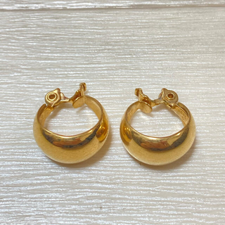 70s-80s MONET earring