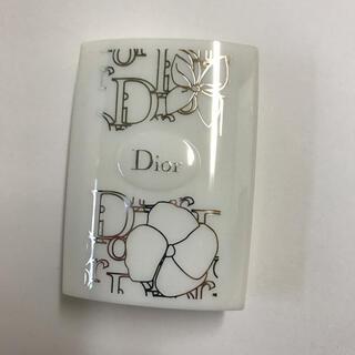 ディオール(Dior)のDior SNOW PURE ホワイトニングパウダー(フェイスパウダー)