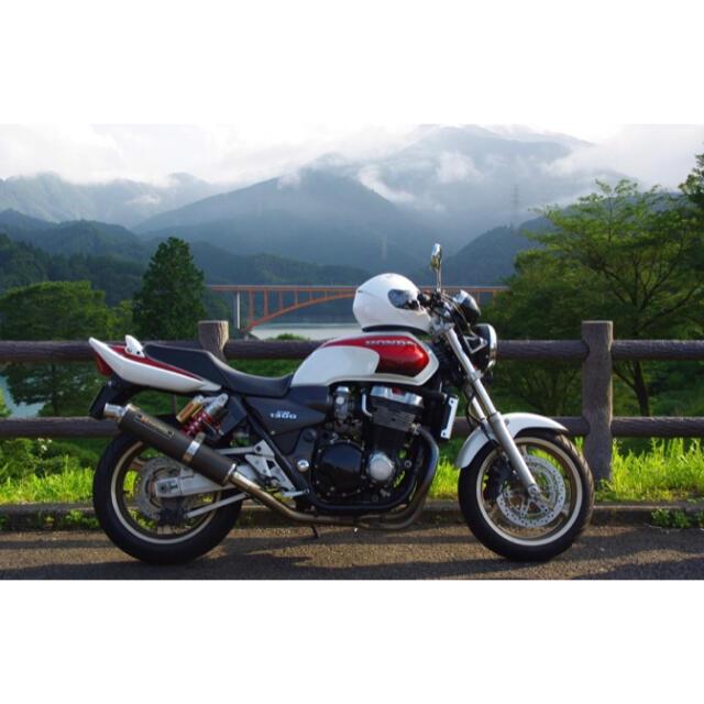 ホンダ(ホンダ)のHONDA cb1300sf sc40 走行距離11000 自動車/バイクのバイク(車体)の商品写真