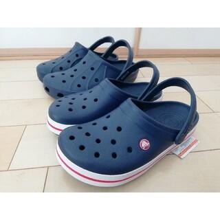 クロックス(crocs)の【スペシャルsale】新品タグ付 クロックス メンズ レディース 25cm2足セ(サンダル)